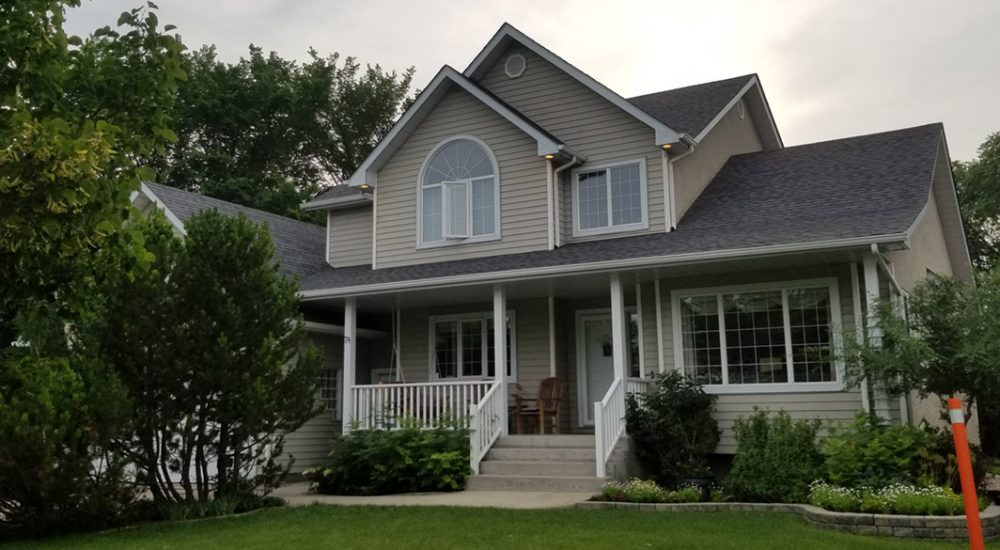 Winnipeg Roofing- Hire Experienced Roofers!